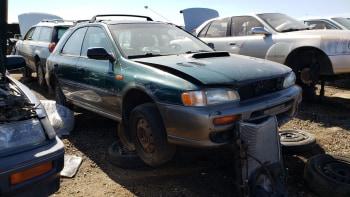 junkyard gem 1998 subaru impreza outback sport autoblog 1998 subaru impreza outback sport