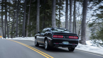 Playing In The Snow 2017 Dodge Challenger Gt First Drive Autoblog