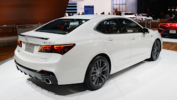 Acura TLX Gets Sporty ASpec Trim With Midcycle Refresh Autoblog - 2018 acura tsx front lip