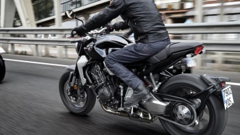 Honda Unveils 2 New Motorcycles Including Retro Flavored Cb1000r