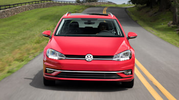 VW Golf versions: Base, GTI, R, Alltrack — we test-drive