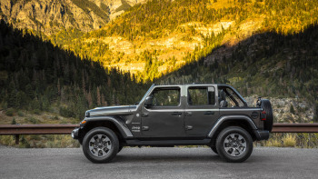 2018 Jeep Wrangler Unlimited Sahara Quick Spin Review | Autoblog