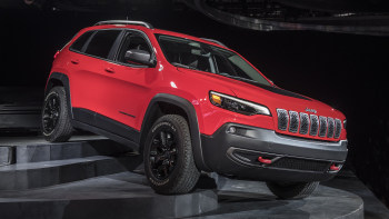 New Jeep Cherokee >> The 2019 Jeep Cherokee Has A New Refresh That Gives It A