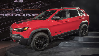 bd499a197cb The 2019 Jeep Cherokee has a new refresh that gives it a much more ...