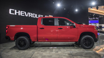 The Chevy Silverado Now Has A Diesel Engine Added To The - Phillips chevy car show