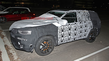 2021 Jeep Grand Cherokee Three-Row And Engine Updates >> Jeep 3 Row Suv Spotted Testing Again Autoblog