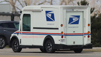 VT Hackney and Workhorse prototype USPS delivery van spy photos