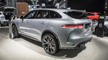 Jaguar F Pace Svr Revealed With 550 Hp 4 1 Second 0 60 Time