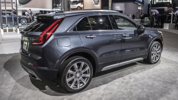 2019 Cadillac Xt4 Crossover Will Battle Lincoln Mkc After Nyc Debut