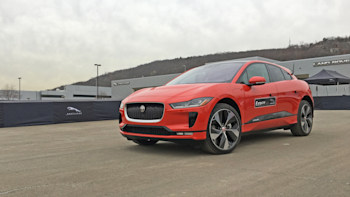 2019 Jaguar I Pace Electric Crossover A Brief First Drive Autoblog