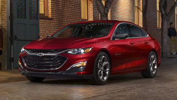2019 Chevy Malibu Rs Priced At 24 995 Autoblog