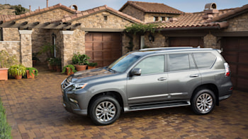 2018 Lexus GX 460 is a rugged but dated old-school SUV