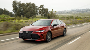 Lost In Space 2020 Review.2020 Toyota Avalon Reviews Price Specs Features And