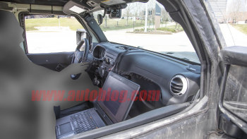 2019 Jeep Scrambler Truck Spy Photos Show Wrangler Removable Top