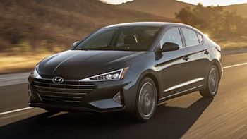 Hyundai Elantra 2020 Review.2020 Hyundai Elantra Review Price Specs Features And