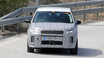 2020 Land Rover Discovery Sport: Updated, New Tech And Price >> Land Rover To Reveal 2020 Discovery Sport This Summer On New