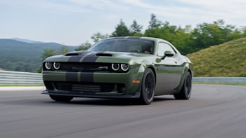 2019 Dodge Challenger Srt Hellcat Redeye Driving Review Autoblog