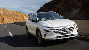 2019 Hyundai Nexo Hydrogen Fuel Cell Car Our First Drive Review