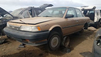 1990 Toyota Camry Dx With V6 And 5 Speed Junkyard Find Autoblog