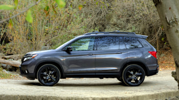 2019 Honda Passport Versus Ford Edge Jeep Grand Cherokee And Others