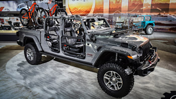 Mopar Jeep Parts >> Jeep Gladiator Gets An Array Of Mopar Accessories Right Away