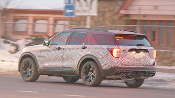 2020 Ford Explorer St Performance Crossover Spied Autoblog