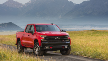 Build A Chevy Truck >> Gm Invests 24 Million To Build More Crew Cab Trucks In Fort Wayne