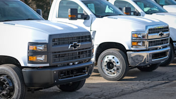 Chevy 5500 Hd >> Chevy Starts Production Of Silverado Commercial Trucks Autoblog