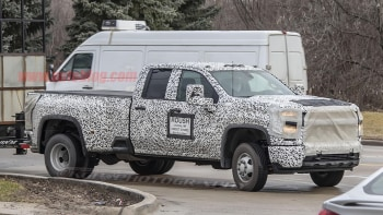 2020 Chevy Silverado Hd Spied With Dually Setup Autoblog