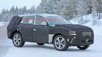 2020 Genesis GV80: News, Design, Release >> Genesis Gv80 Suv Spied For The First Time Autoblog