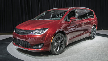 2019 Chrysler Pacifica 35th Anniversary Edition Debuts In Chicago