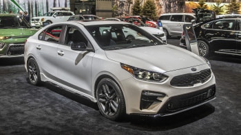 2020 Kia Forte Gt Line Chicago 2019 Photo Gallery Autoblog