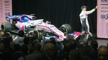 Racing Point Formerly Force India Reveals Its 2019 F1 Car Autoblog