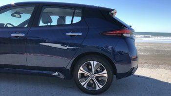 2019 Nissan Leaf Reviews | Price, electric range, features