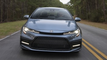 2020 Toyota Corolla Reviews Price Specs Features And Photos