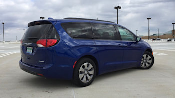 2018 Chrysler Pacifica Hybrid Long-Term Drive Review Update