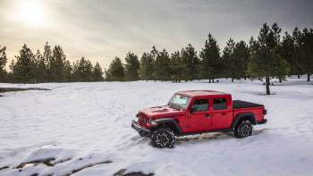 Jeep Gladiator Pickup Truck Lease Offer Is 143 Per Month Autoblog