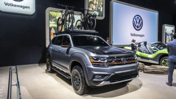 2019 VW Atlas Basecamp concept is lifted offroad camping SUV