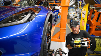 GM to add 400 jobs at Kentucky plant for new mid-engine