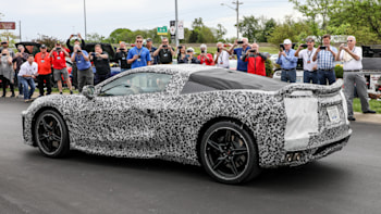 C8 mid-engine Chevy Corvette shows off at National Corvette Museum