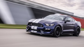 2019 Ford Shelby GT350 Review | What's new and driving