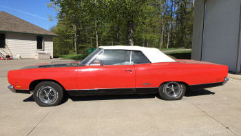 Michigan police auctioning abandoned 1969 Plymouth GTX
