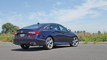 2019 Honda Accord Review | Price, specs, features and photos