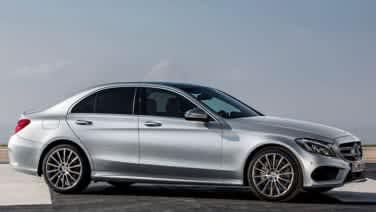 We take a closer look inside the 2015 Mercedes-Benz C-Class [w