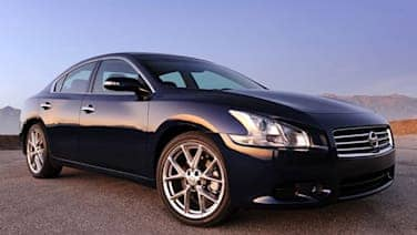 Review: 2010 Nissan Maxima SV Sport is a lot of car for a
