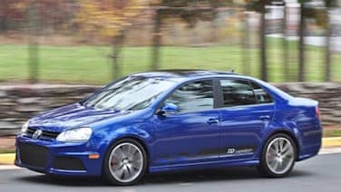 Vw Jetta Tdi Cup Street Edition Cc R Line And New Beetle Red Rock Special Dealers Autoblog