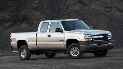 2007 Chevrolet Silverado 1500HD Classic - 4x2 Crew Cab 6.6 ft. box 153 in. WB (LT1)