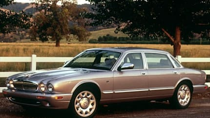 2002 Jaguar XJ8 - 4dr Sedan (Super V8)