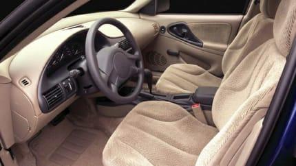 2005 Chevrolet Cavalier - 4dr Sedan (Base)