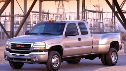 2007 GMC Sierra 2500HD Classic - 4x2 Extended Cab 6.6 ft. box 143.5 in. WB (SL)